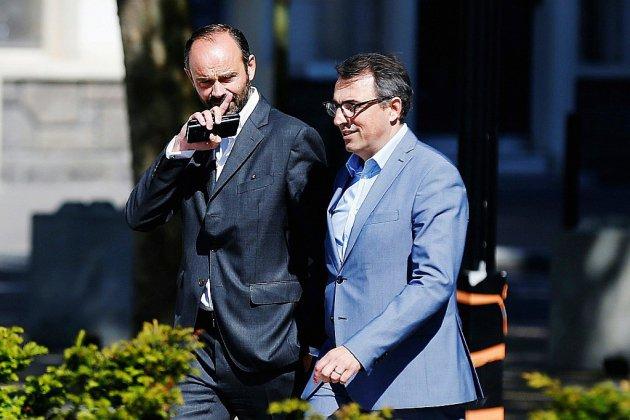 """Démission du maire du Havre: """"Une décision responsable"""" pour Edouard Philippe"""