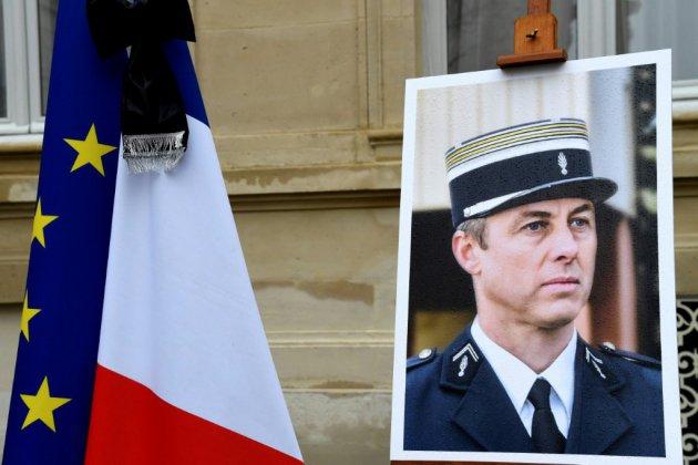 """Un an après l'attentat de Trèbes : Philippe promet de poursuivre le """"travail de reconquête républicaine"""""""