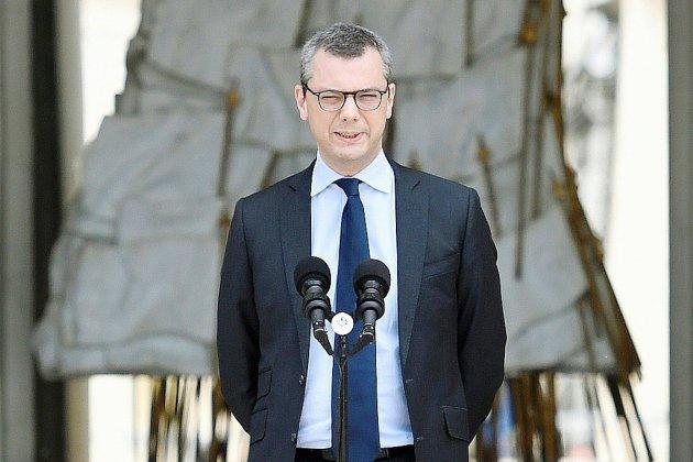 Anticor met la pression sur le numéro 2 de l'Elysée, accusé de conflits d'intérêts