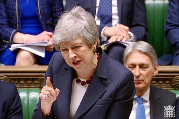 Brexit: la Première ministre cherche à sauver son accord de divorce