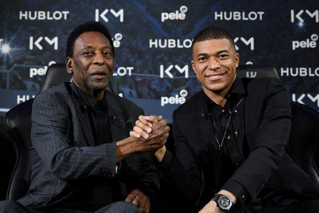 """Kylian Mbappé à l'AFP : """"Je sais très bien que je ne ferai jamais ce que Pelé a fait"""""""