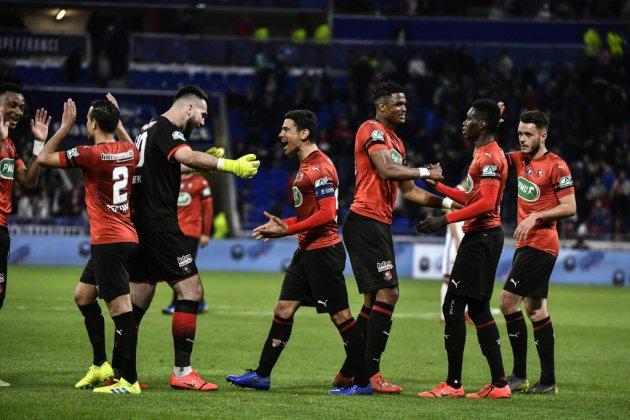 Coupe de France: échec pour Lyon, Genesio en suspens, Rennes file en finale