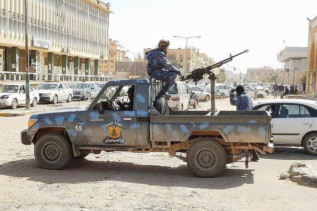 Libye: des mouvements de troupes pro-Haftar font craindre un embrasement