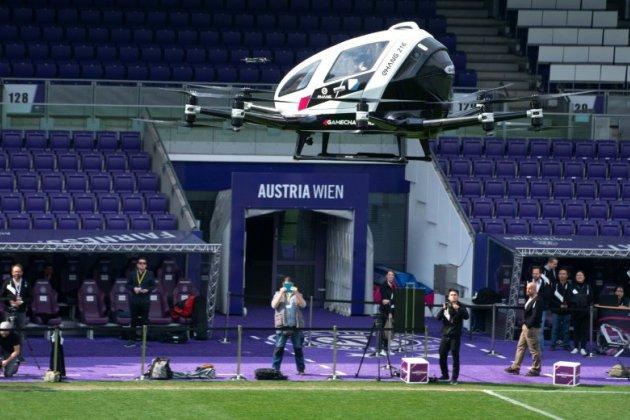 """""""Amusant"""" mais """"bruyant"""", le taxi-drone fait un saut de puce à Vienne"""