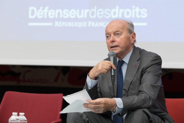 Au Havre, le défenseur des droits appelle à réhumaniser les services publics