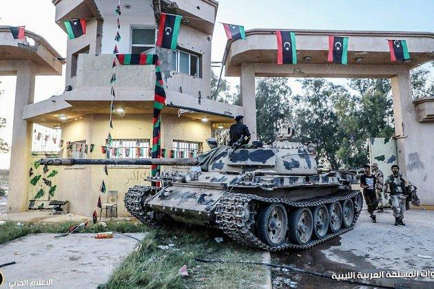 Libye: les combats s'intensifient autour de Tripoli avant une réunion à l'ONU