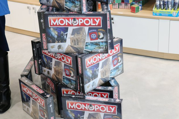 Sainte-Mère-Église. L'Airborne Muséum à Sainte-Mère-Église à sa propre édition du Monopoly !