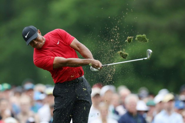 Golf: Tiger Woods remporte le Masters d'Augusta, son 15e titre du Grand Chelem