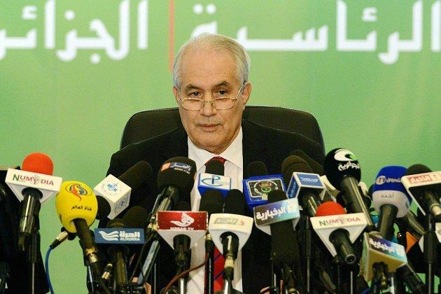 Algérie: démission d'un ex-proche de Bouteflika visé par la constestation