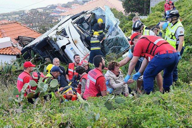 Madère endeuillée par la mort de 29 touristes allemands dans un accident de car