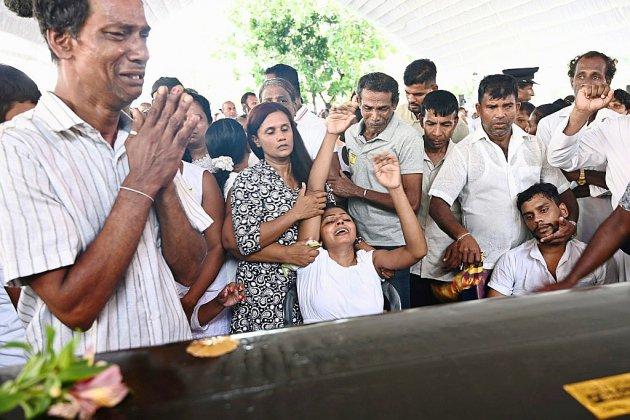 Le Sri Lanka se recueille pour les 310 victimes des attentats de Pâques