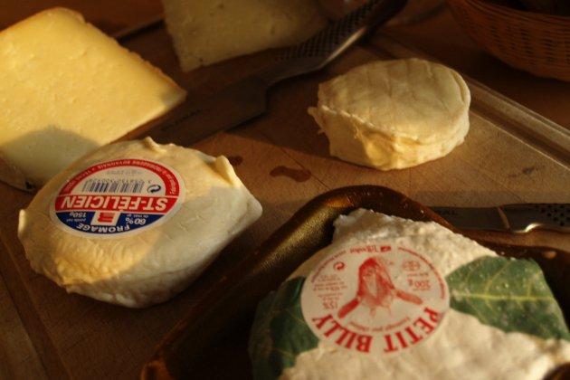 Retrait et rappel de fromages après des cas d'Escherichia coli