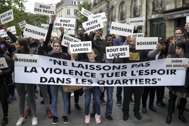 """Fusillades à Nantes: 500 personnes défilent contre """"la guerre des quartiers"""""""