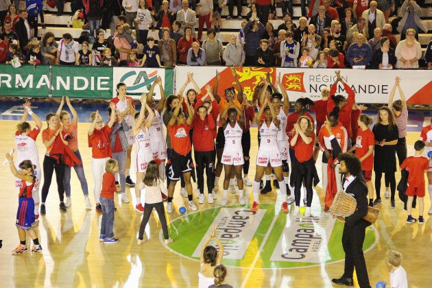 Basket (LFB): Mondeville toujours en vie, bat Villeneuve-d'Ascq à domicile