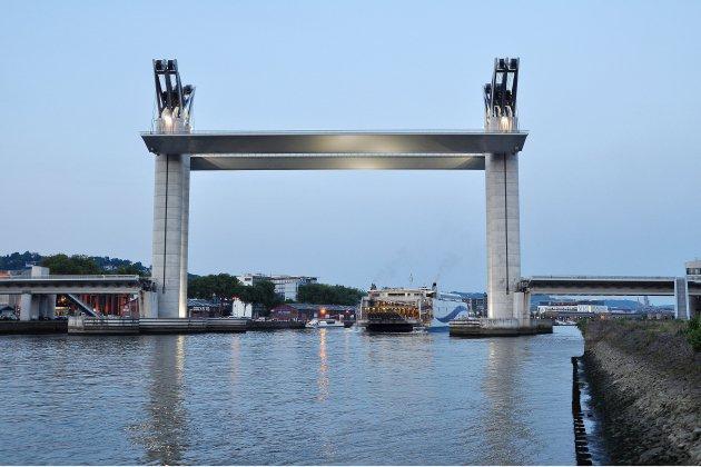 Pour l'Armada à Rouen, le pont Flaubert au centre des attentions