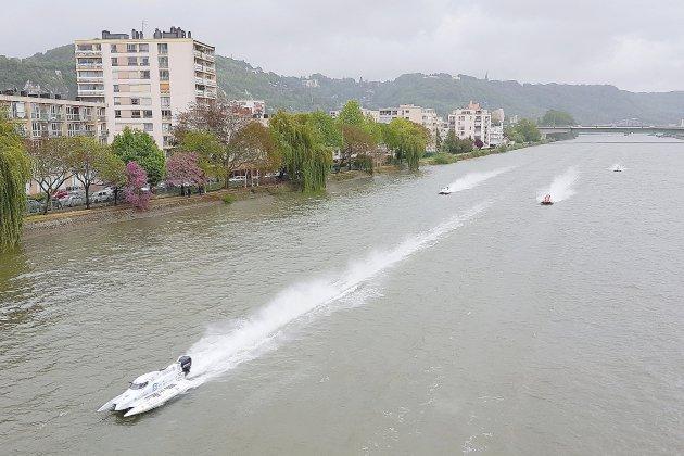 24h motonautiques de Rouen : victoire de la team Abu Dhabi