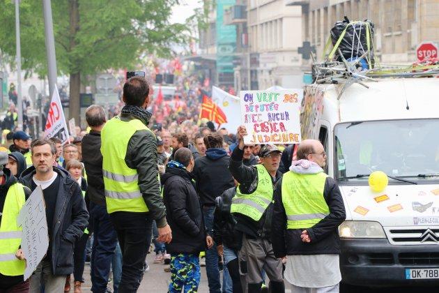 Rouen. Normandie : plusieurs milliers de manifestants pour le 1er mai