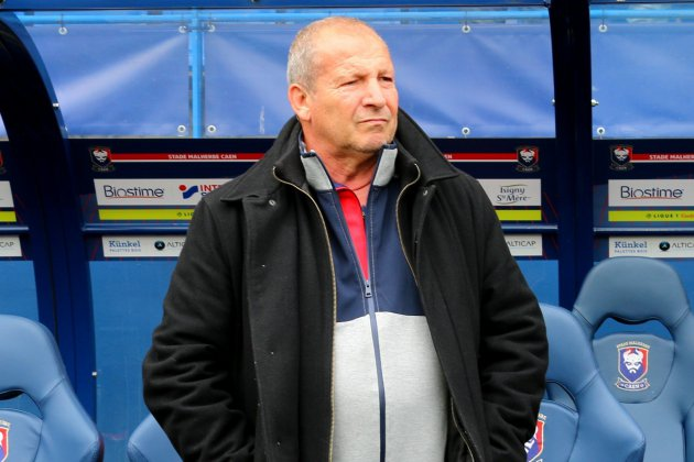 Football (Ligue 1) :Rolland Courbis lance Caen-Guingamp à sa manière !
