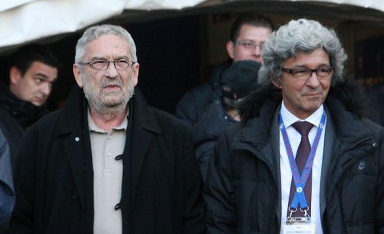 Les dirigeants du Stade Malherbe Caen se seraient bien passés de célébrer l'an prochain en Ligue 2, le centenaire de leur club, après l'ultime défaite de l'équipe première à Valenciennes, dimanche 20 mai (1-3).