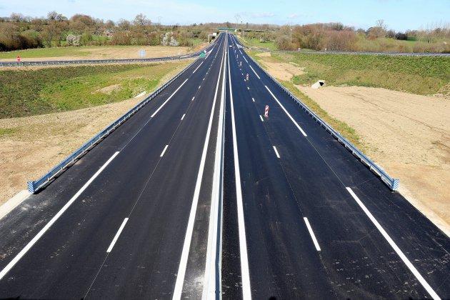 Inauguration d'une nouvelle portion de 2x2 voies près de Flers