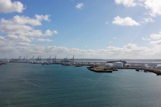 Mobilisation contre le chargement d'armes sur un cargo saoudien au Havre