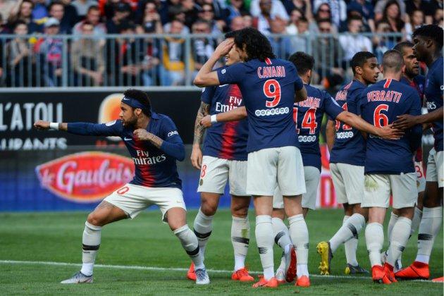 Ligue 1: le PSG avec Neymar, buteur et passeur décisif, renoue avec le succès à Angers 2-1