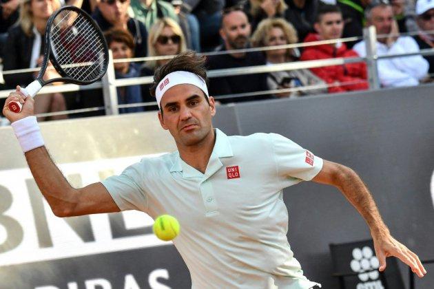 Tennis: Federer, Nadal et Djokovic en quarts à Rome, Osaka sauve son trône