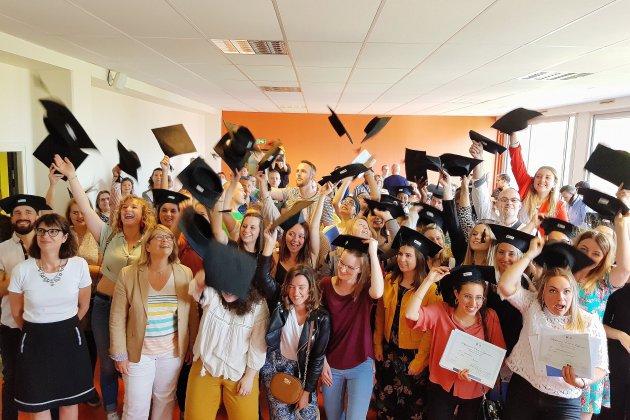 Le Havre: de jeunes infirmiers diplômés