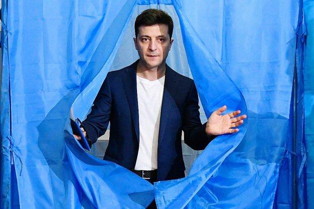 Le comédien Zelensky investi lundi président d'Ukraine