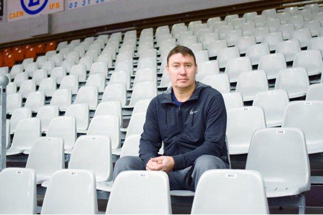 Basket: l'entraîneur Fabrice Courcier prolonge pour trois ans au CBC