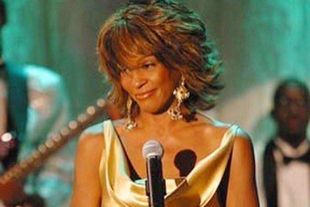 Un album posthume de Whitney Houston verra le jour!