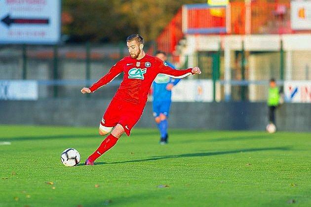 Football: le FC Rouen bat Déville-Maromme pour son dernier match