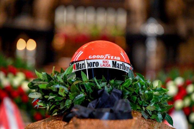"""""""Tschüss Lauda"""", l'Autriche dit adieu à son héros"""
