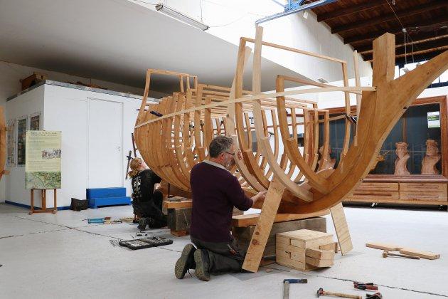 À Rouen, ils reconstruisent la Dauphine à l'échelle 1/5e