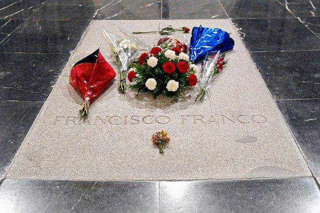 Espagne: la justice suspend l'exhumation de Franco