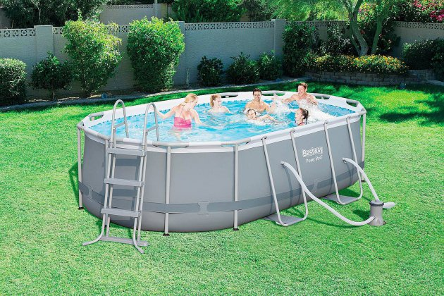 Tendance Ouest vous offre une piscine de plus de 4m de long!