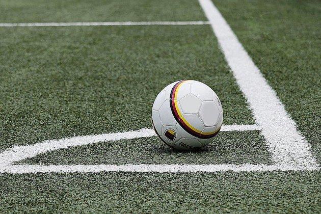Deux arbitres agressés près de Lillebonne: le joueur répond