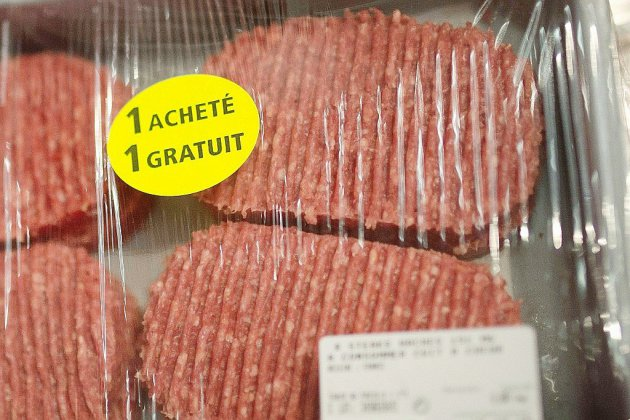 Des steaks hachés frauduleux fournis à des associations caritatives