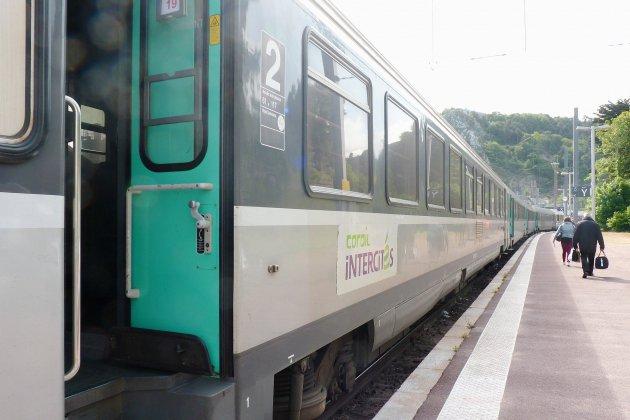 Caen. Plan transport : Caen s'ouvre sur la Normandie et la capitale