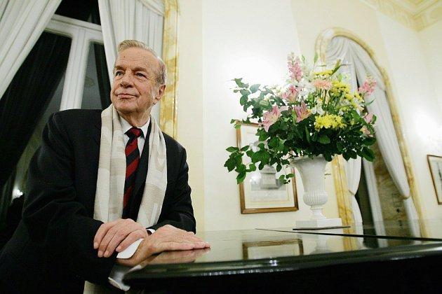 Le monde de la culture pleure le maestro Franco Zeffirelli, mort à 96 ans