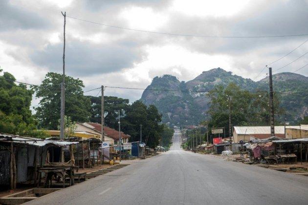 """Bénin: """"panique totale"""" dans le centre, 2 morts et 50 policiers blessés"""