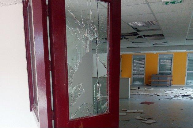 Port-en-Bessin: l'ancien collège vandalisé, 80% des pièces visitées
