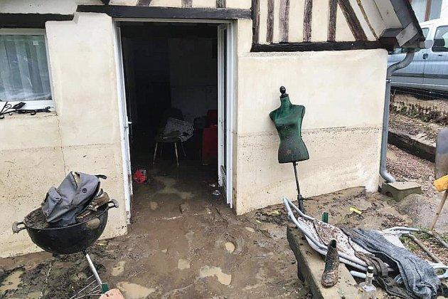 """Orages à Lisieux : """"Les voitures sont fichues, la cuisine retournée..."""""""