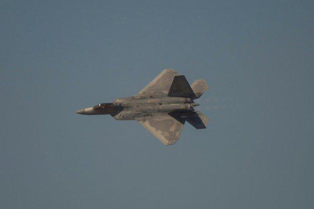 Iran: Washington déploie des avions furtifs F-22 au Qatar