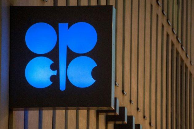 L'Opep parée pour prolonger sa baisse de production, après l'accord Moscou-Ryad