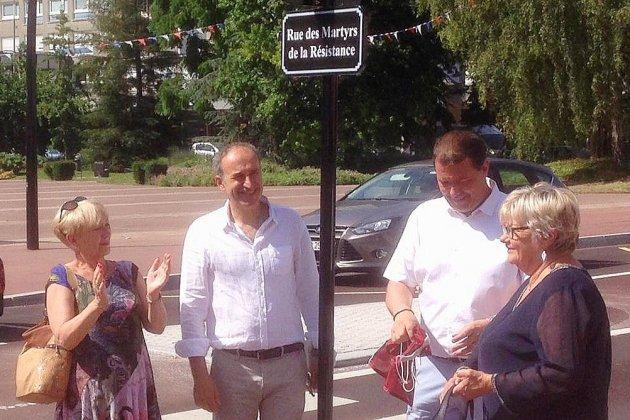 Après les travaux, la rue des Martyrs à Maromme est inaugurée
