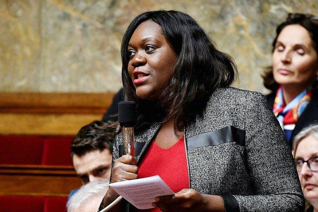 """L'Assemblée s'attaque à """"l'impunité"""" de la haine en ligne"""