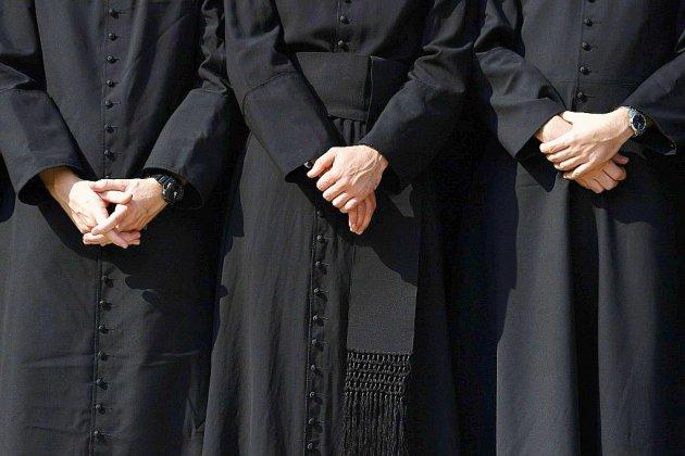 Pédophilie: l'Église défroque le père Preynat, au cœur de l'affaire Barbarin