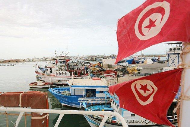 Naufrage au large de la Tunisie, plus de 80 migrants portés disparus