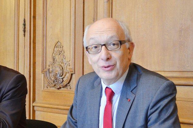 Rouen: Yvon Robert devrait remplacer Frédéric Sanchez à la Métropole